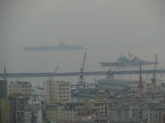 La portaerei Truman nel Golfo di Napoli