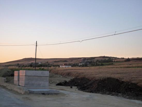 Abitazioni di fronte alla discarica di Savignano Irpino