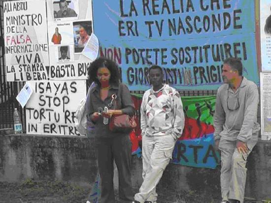 Purtoppo i veri giornalisti eritrei perseguitati dal regime sono sostituiti dalla falsa informazione del Ministro Ali Abdu e le sue informazioni divulgate da chi giornalista non è mai stato come stefano Pettini e Sophia Tesfamariam.