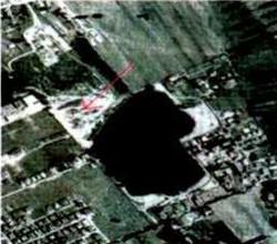 La spianata  Li dove c'era l'acqua ora è visibile una pia77ola forse riempita con i rifiuti
