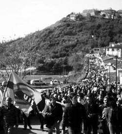 Protesta contro la discarica